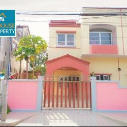 บ้านแฝด 2 ชั้นครึ่ง หมู่บ้านเมืองเอกบางปู จังหวัดสมุทรปราการ